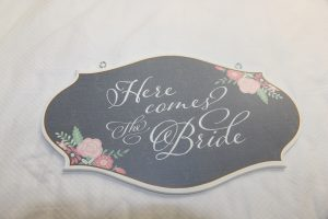 here-comes-the-bride-floral
